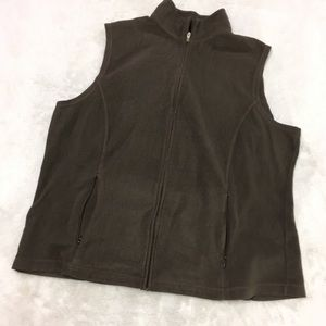 Brown fleece vest by LL Bean misses XL Reg